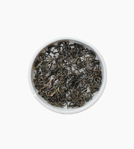 Leaves and flowers green tea   silver leaf